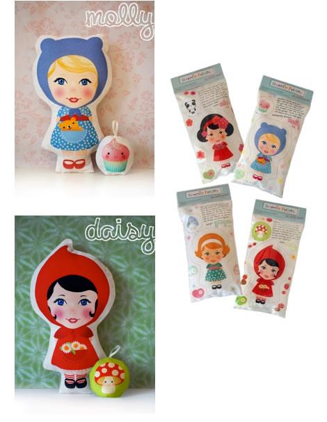 Redthread_dolls